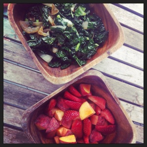 kale, onions, strawberries, peaches